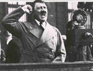 Adolf_Hitler_1226170981_3